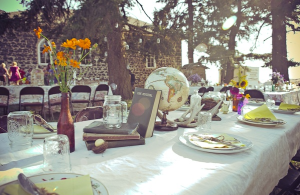 If I were a party planner, this is kind of what the table would look like. Source: Pinterest